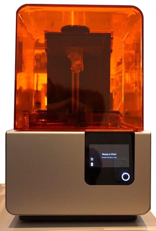 Beispiel für einen Desktop 3-D-Drucker.jpg